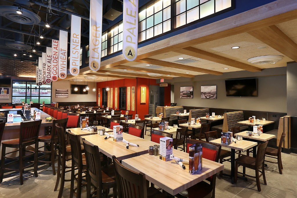 New Restaurant Construction : Old chicago pizza and taproom restaurant construction